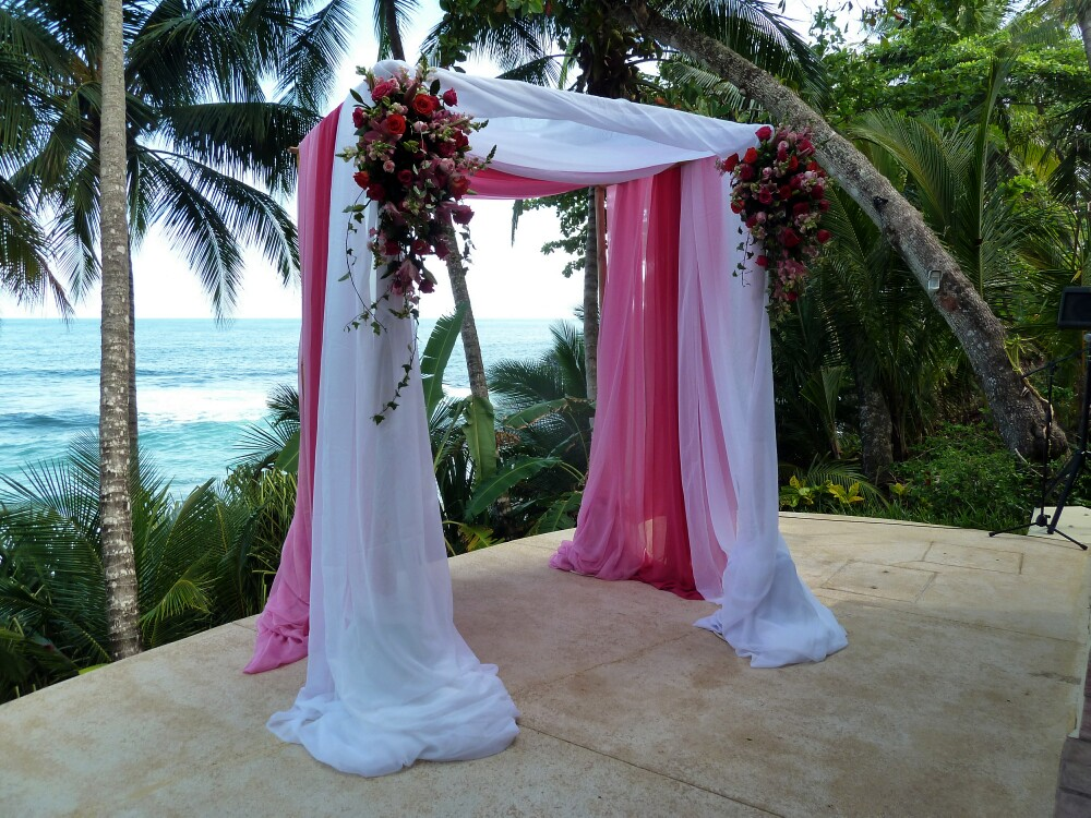 wedding-canopy-by-beach & Pink and white wedding canopy at the beach in Costa Rica - Wedding ...