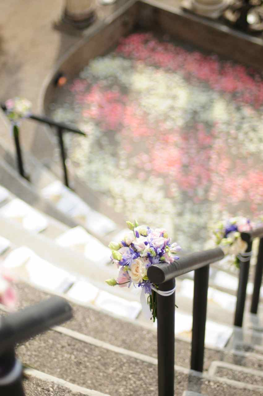 ampatheater handrails