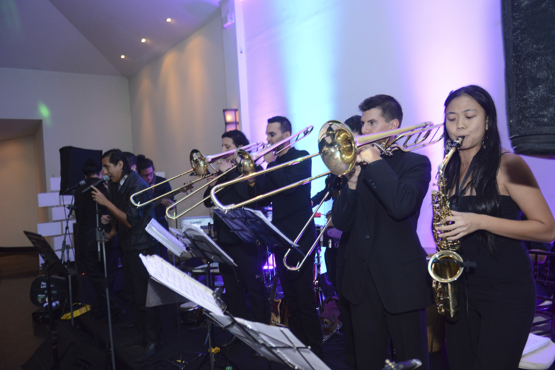 maria-elliott-band
