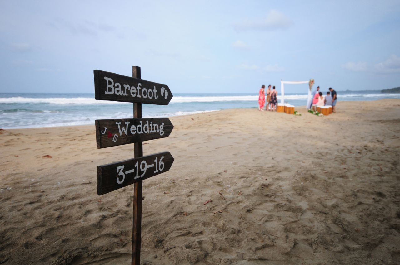 barefoot wedding playa cocles