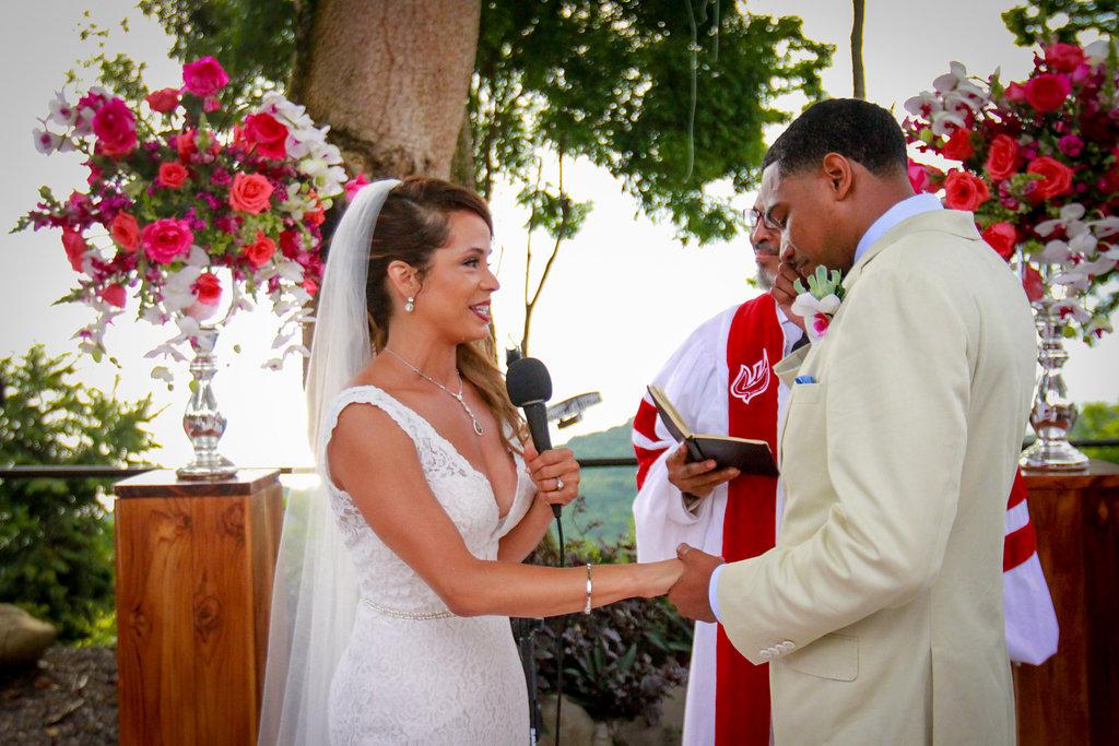 villa-caletas-rancho-ceremony-close-up